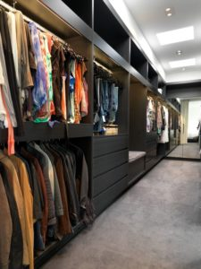 ideas to organize a small walk in closet