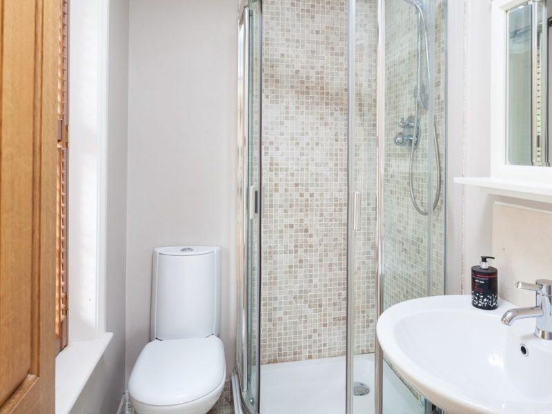 grey bathroom wall ideas
