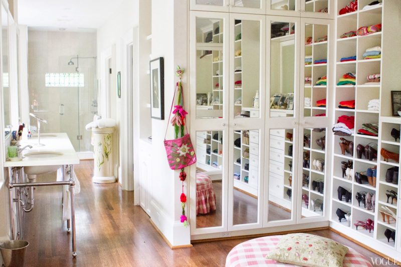 small walk in closet ideas