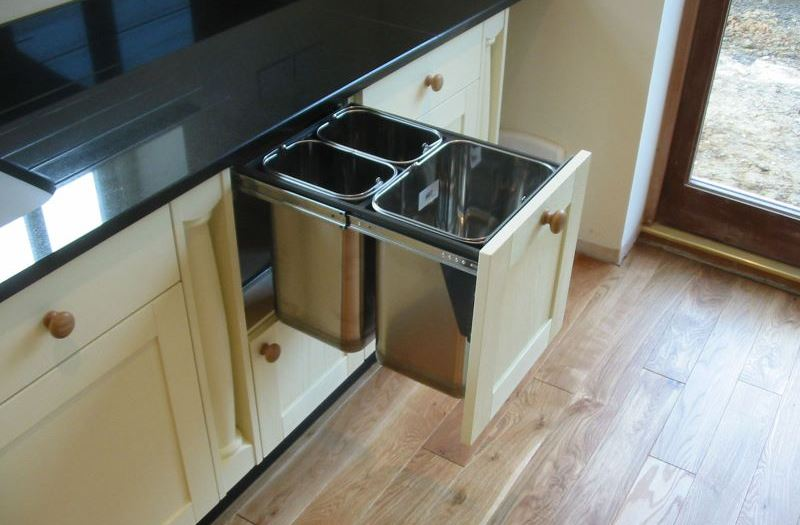 Undersink Trash Can Ideas